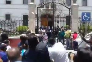 Protesta Casa Rule